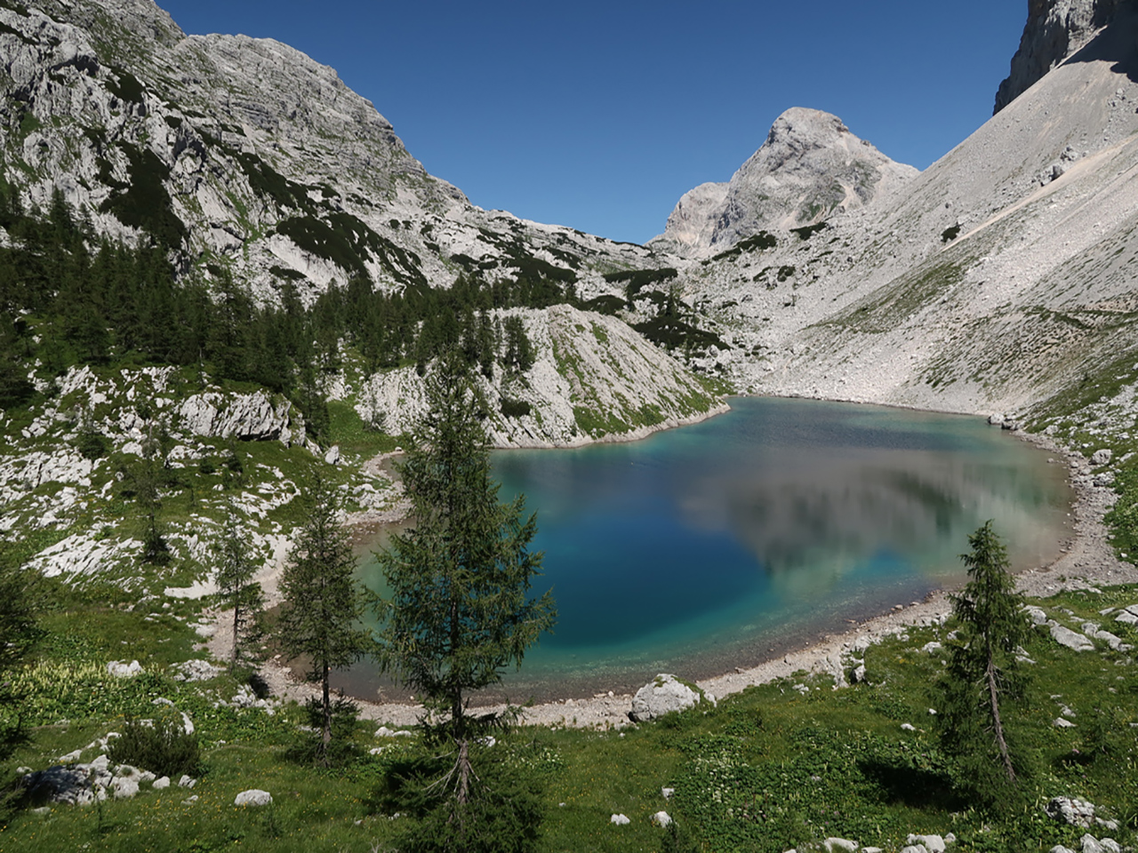Triglav-seven-lake-hiking-traverse