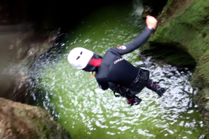 family-canyoning-bled-5