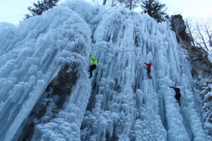 ice-climbing-julian-alps 2
